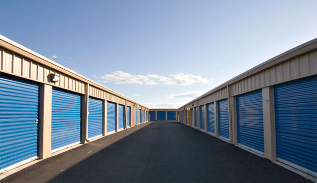 Self Storage Investing: 4 REITs for Income Investors